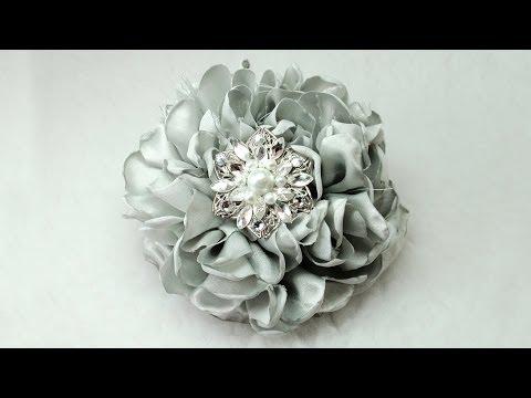Diy Gorgeous Fabric Flower Tutorial Diy How To Do