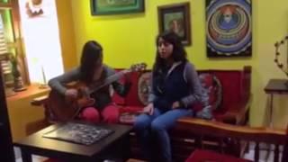Chica de Tlaxiaco causa sensación en redes sociales al cantar - oaxacain.com