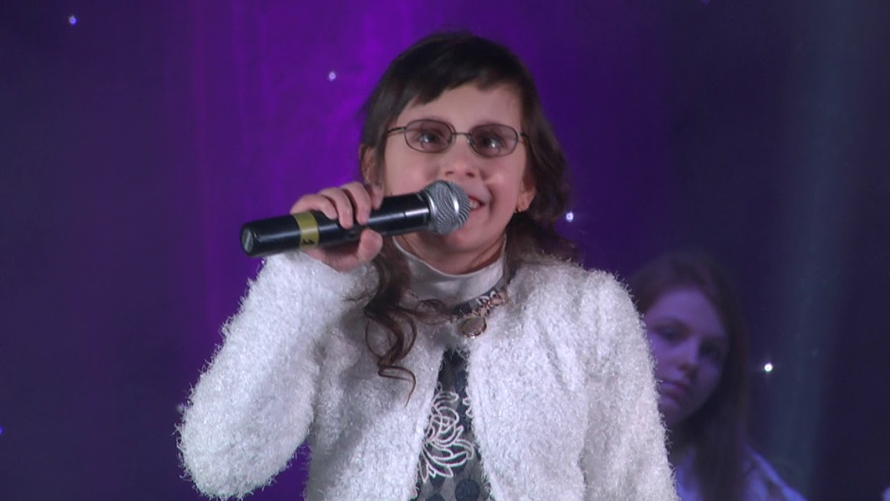 play video Вистава-мюзикл