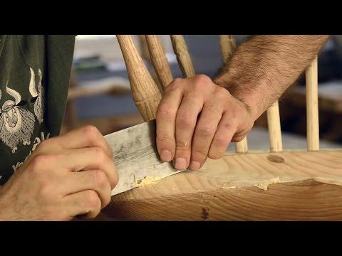 How to Sharpen & Use a Card Scraper with Elia Bizzarri