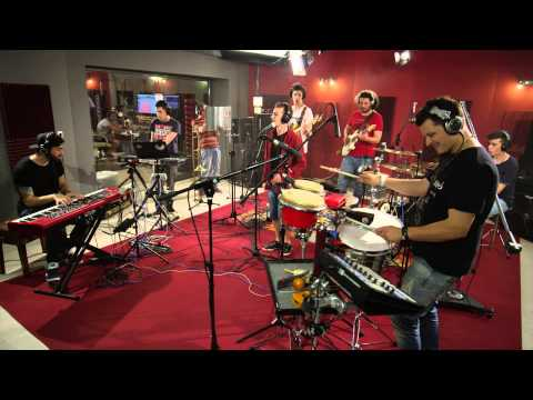 Funky Miracle - Breathe In - Live@PerfectRecords studio