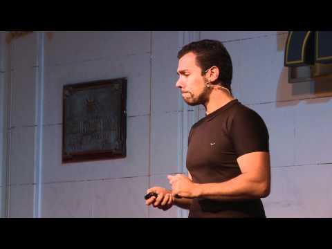 En busca de un nuevo paradigma para la educación: Federico Pacheco at TEDxUTN