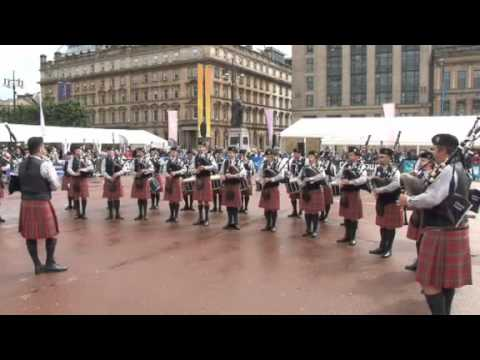 Piping Live! - USA's Oran Mor Pipe Band show the Scots how to play