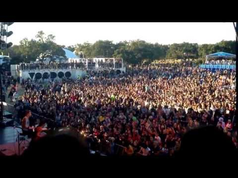 Matt and Kim - Daylight - Live at Voodoo Festival New Orleans 2013