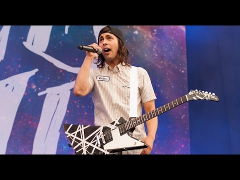 Pierce The Veil - King For A Day Live at Reading 2015
