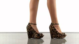 Stacys 2 in Tan Lima Leopard Jessica Simpson