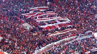 GOL DE MORA + MIRA QUE DISTINTOS SOMOS - River Plate vs Liga de Quito - Copa Sudamericana 2015
