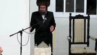 Skulen Yerushalayim Rebbe Sings Haneiros Halalu - Chanukah 5781