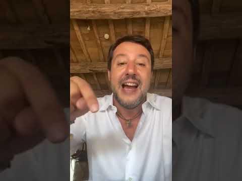 Salvini - Una nave con 125 clandestini a bordo sta sbarcando in Italia, a Olbia (25.09.20)