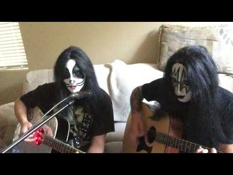 Peter Criss and Ace Frehley imposters perform Dont you let me down from Peters 1978 solo album