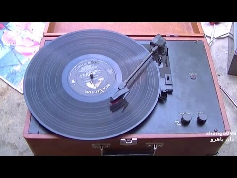 crosley record player review and road test youtube. Black Bedroom Furniture Sets. Home Design Ideas