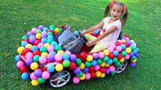 Sofia ride on children's car with colored Balls and Pretend Play Hide and Seek with Toy Caterpillar