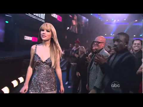 Taylor Swift Wins Country Female Artist - AMA 2010