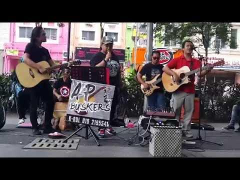 Hancur Aku-AP buskers&keana cover Estranged Feat Fazura