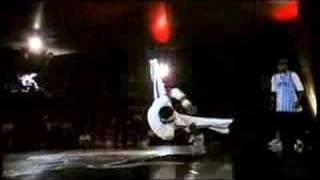 Pelézinho vs. Crazy Monkey - Red Bull BC One 2006