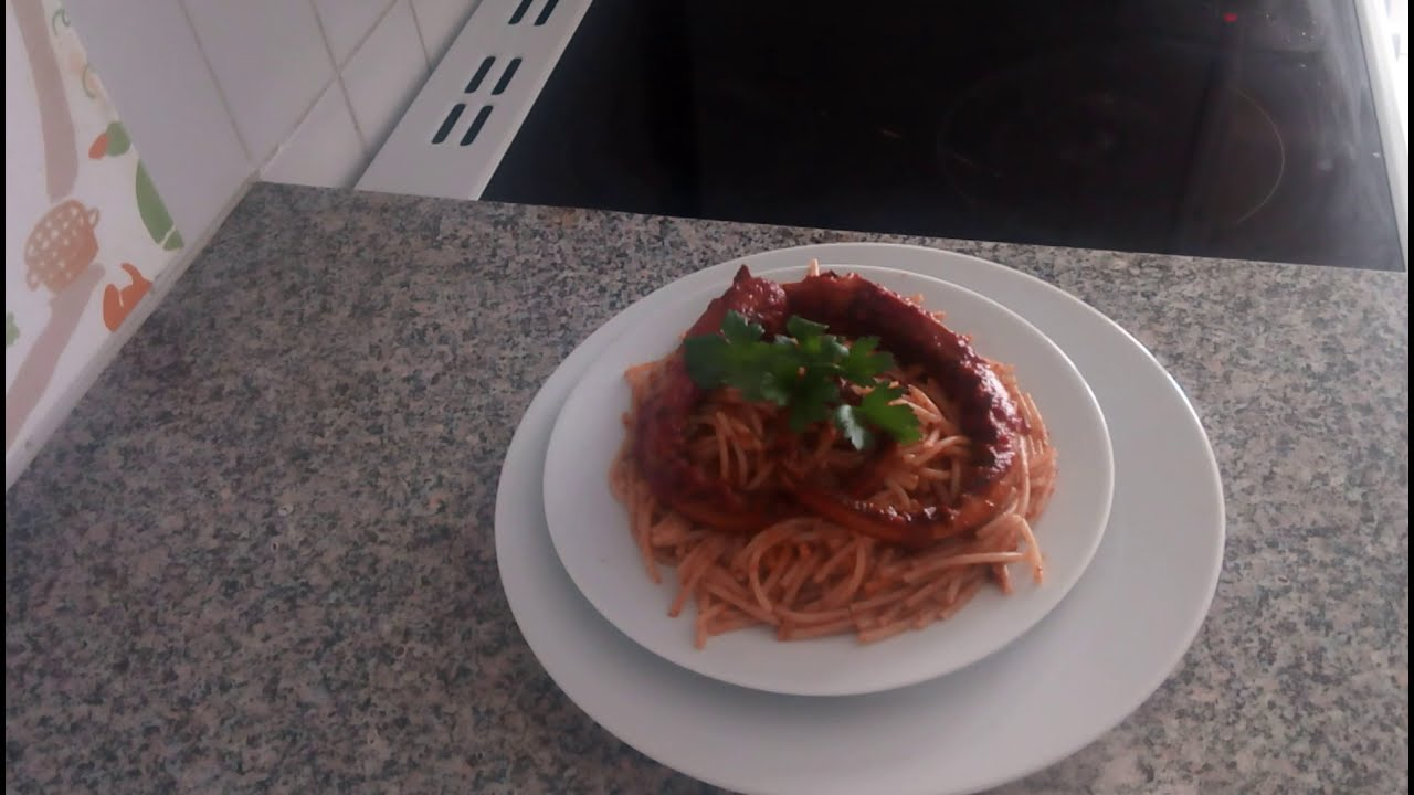 Spaghetti aux poulpes tunisienne youtube - Comment cuisiner un poulpe ...