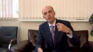 видео Как стать риэлтором по недвижимости: с чего начать, что нужно