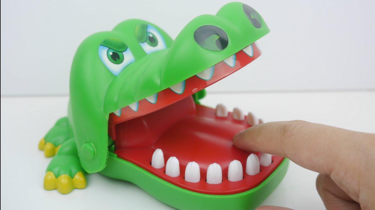 0bf859b18  لعبة التمساح آكل الأصابع ألعاب بنات و صبيان Crocodile Dentist Biting Game  - YouTube