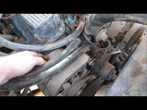 how to remove an alternator 1978 ford bronco youtube Ford Super Duty Alternator Wiring how to remove an alternator 1978 ford bronco