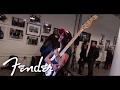 Capture de la vidéo Fender Debuts Dee Dee Ramone Signature P Bass | Fender