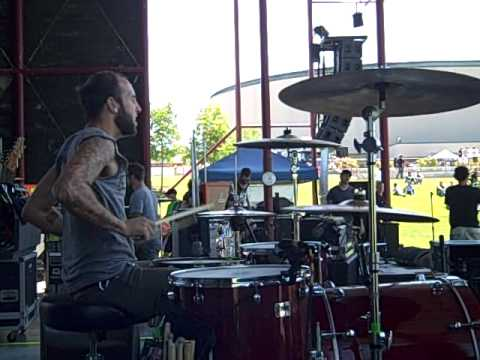 Far From Finished Warped Tour 2010- Bastards/Roses DRUMCAM