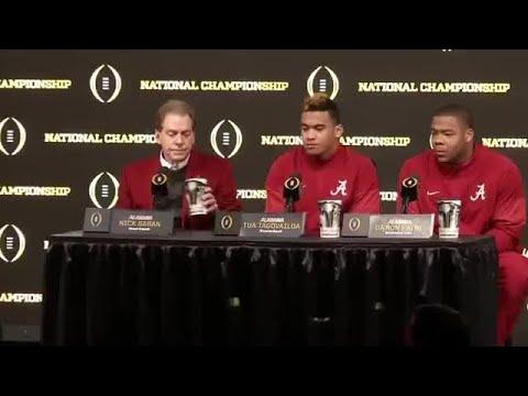 Alabama Crimson Tide trophy presentation