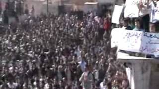 حمص ديربعلبة 24 2 2012  جمعة سنتفض لاجلك باباعمر  أغنية كرمالك لطلع وثور كاملة  لاجلك بابا عمرو