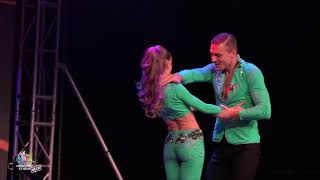 Andrea y Silvia ~ Aventura Dance Cruise 2018 ~ Worlds Largest Latin Dance Cruise