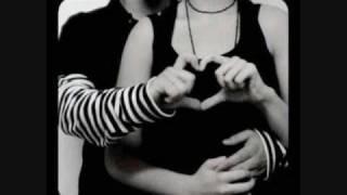 Amor De Lejos-Baby Rasta y Gringo Ft. Jowell y Randy y Yomo