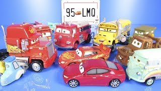 CARS 3 COLLECTION MOVIE Diecast Deluxe Cars 3 & Cars 2 New Toys Lightning McQueen DISNEYPIXARCARS3