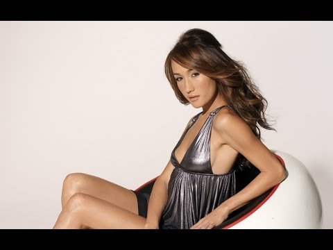 Maggie Q wears no underwear in a very revealing outfit at Divergent premiere