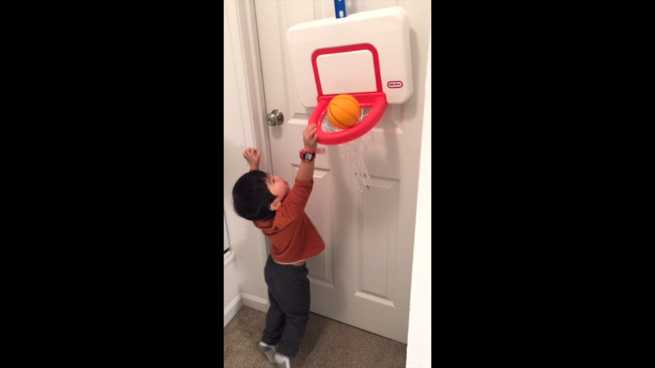 3y1m Little tikes attach n play basketball set - YouTube