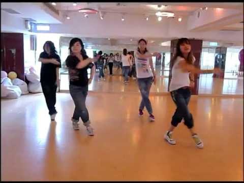 2011/7/9 TD Dance Intro-Party Abhi Baki Hai (Tabo Family Version)