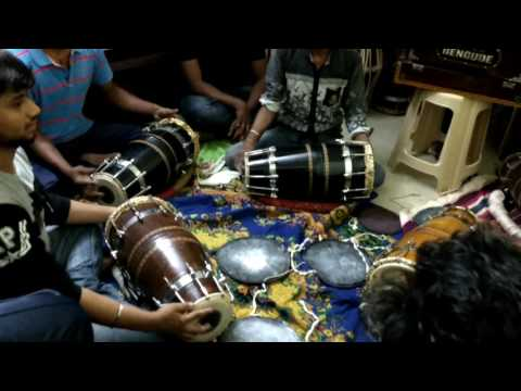Playing dholki solo practice