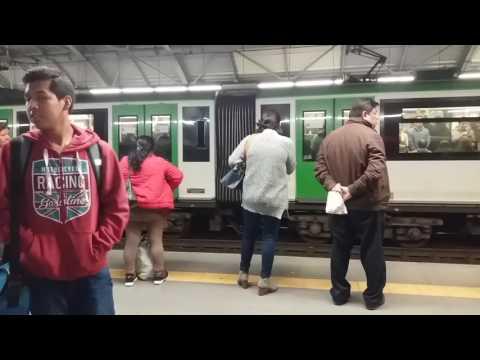 metro de Lima  en hora punta