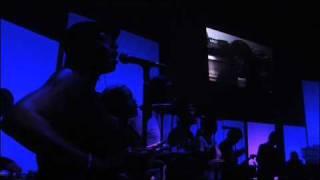 Gorillaz - Latin Simone (¿ Que Pasa Contigo ?) (Demon Days Live)