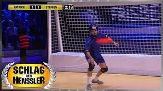 Spiel 4 - Frisbee-Duell - Schlag den Henssler