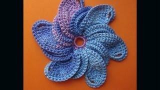 Вязаные цветы 26 Сrochet flower pattern(Подписаться на все новые видео-уроки по емайл: http://feedburner.google.com/fb/a/mai... http://www.knittingforbeginners.ru/ И вообще все видео..., 2013-06-06T09:50:03.000Z)