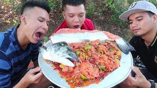 Hữu Bộ | Cá Hồi Sống Nguyên Con Sốt Siêu Cay