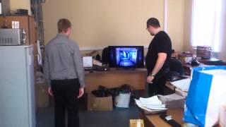 Программисты 1С осваивают Kinect(Программисты 1С оставивают Kinect, первый раз вижу от них такой экшен, обычно видел их только сидящими за компо..., 2013-10-23T13:17:28.000Z)
