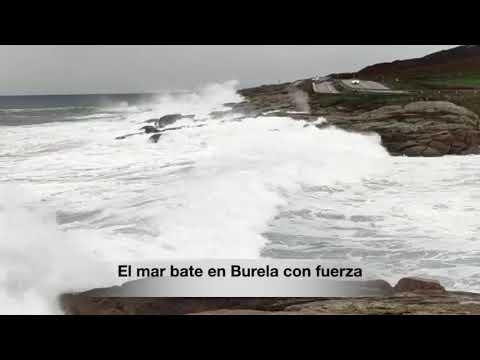 El mar bate con fuerza en A Mariña