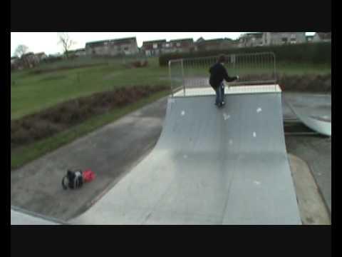Wee Skateboarding Video