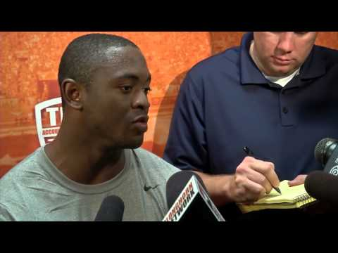 Football fall camp profile: Johnathan Gray [Aug. 4, 2014]
