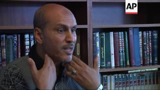 Hawaii Muslim Leader Supports Travel Ban Lawsuit