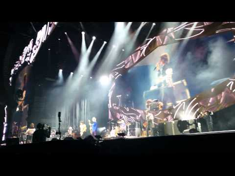 "Rolling Stones Zipcode Tour Petco ""Start me up"""