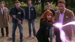 Supernatural 15x02 Rowena capturando fantasmas