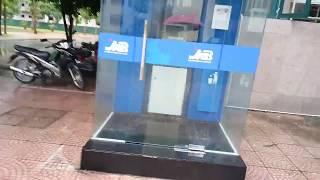 Rút tiền ở cây ATM ngân hàng MB có điểm gì khác