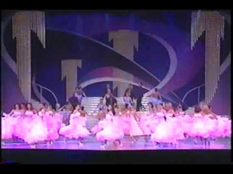 Malena Burke: Opening Miss Venezuela 2000.
