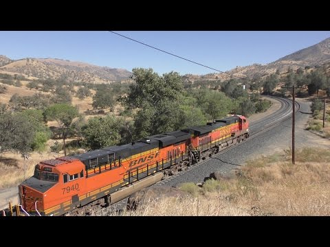 Trains on Tehachapi in September 2016 - 4K