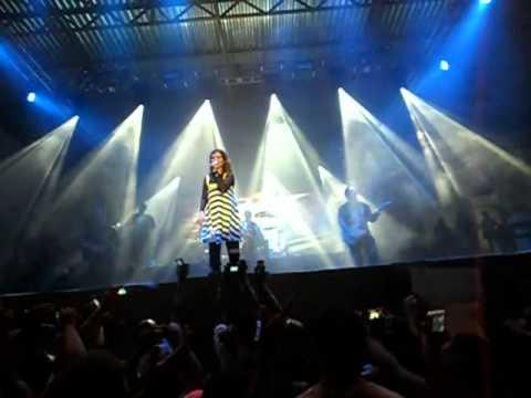 Sonda-me Usa-me - Aline Barros  Glorifica Alagoinhas